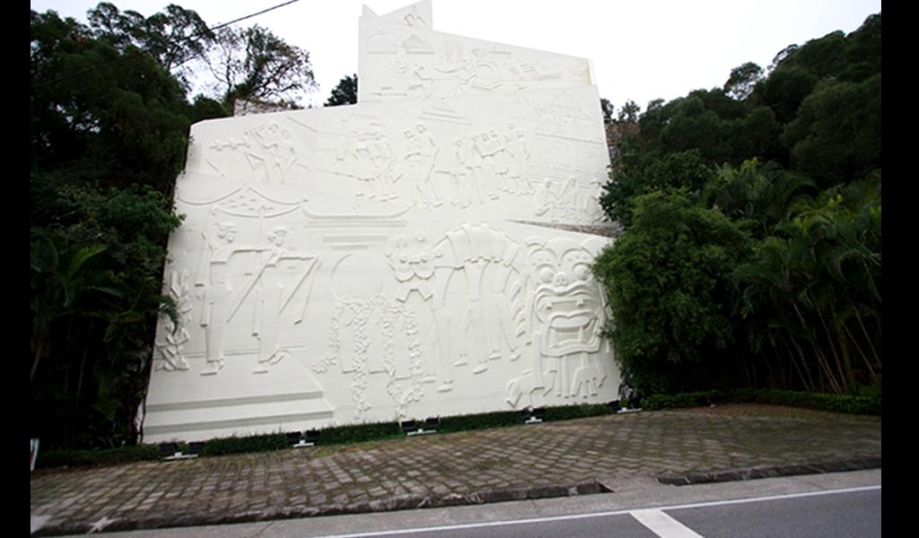 1984年5月-氹仔浮雕工程 達13層樓高