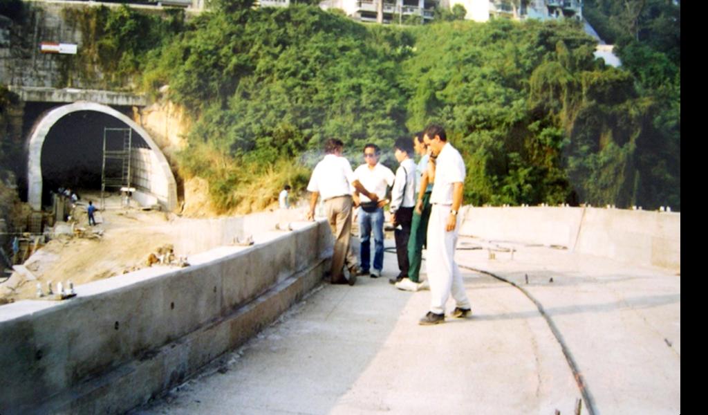 1990年11月-松山隧道之行車天橋建造工程